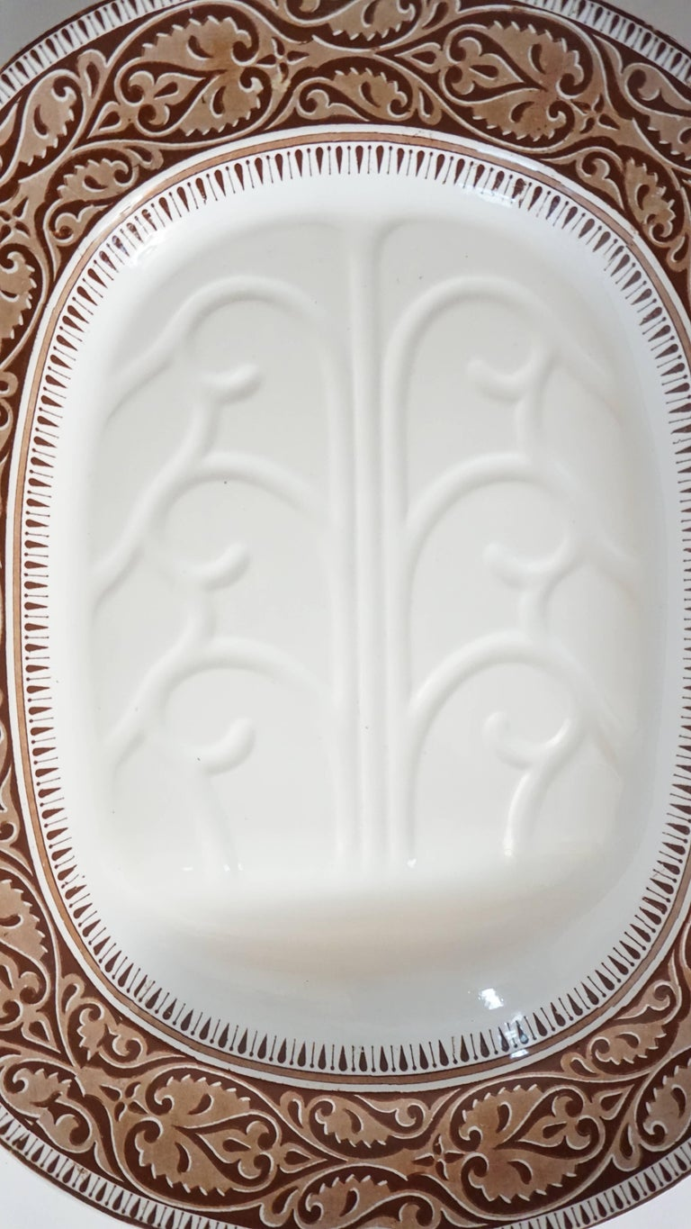Staffordshire Brown Transferware Well-and-Tree Platter, England, 1859 In Good Condition For Sale In Kinderhook, NY