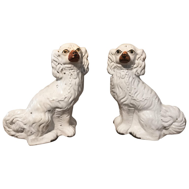 Staffordshire King Charles Spaniel circa 1850, England 'Pair' For Sale
