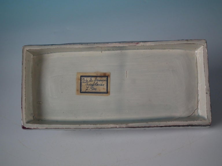 Staffordshire Pearlware Greyhound Box and Cover In Good Condition For Sale In Chelmsford, Essex