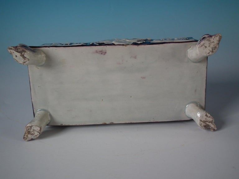 Early 19th Century Staffordshire Pearlware Greyhound Box and Cover For Sale