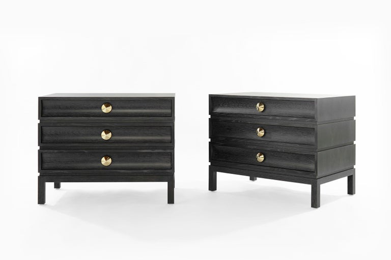 Mid-Century Modern Stamford Modern's Stacked Bedside Tables in Silver Ceruse For Sale