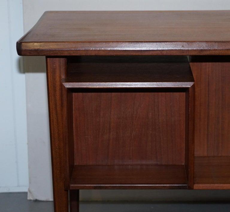 Stamped 1961 Danish Teak Peter Lovig Nielsen for Hedensted Mobelfabrik Desk For Sale 5
