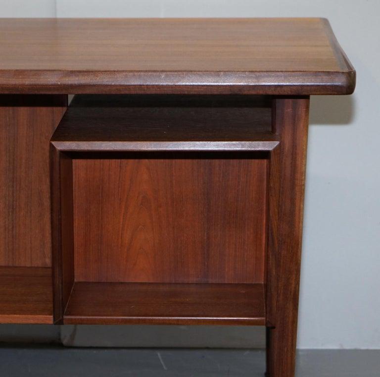 Stamped 1961 Danish Teak Peter Lovig Nielsen for Hedensted Mobelfabrik Desk For Sale 6
