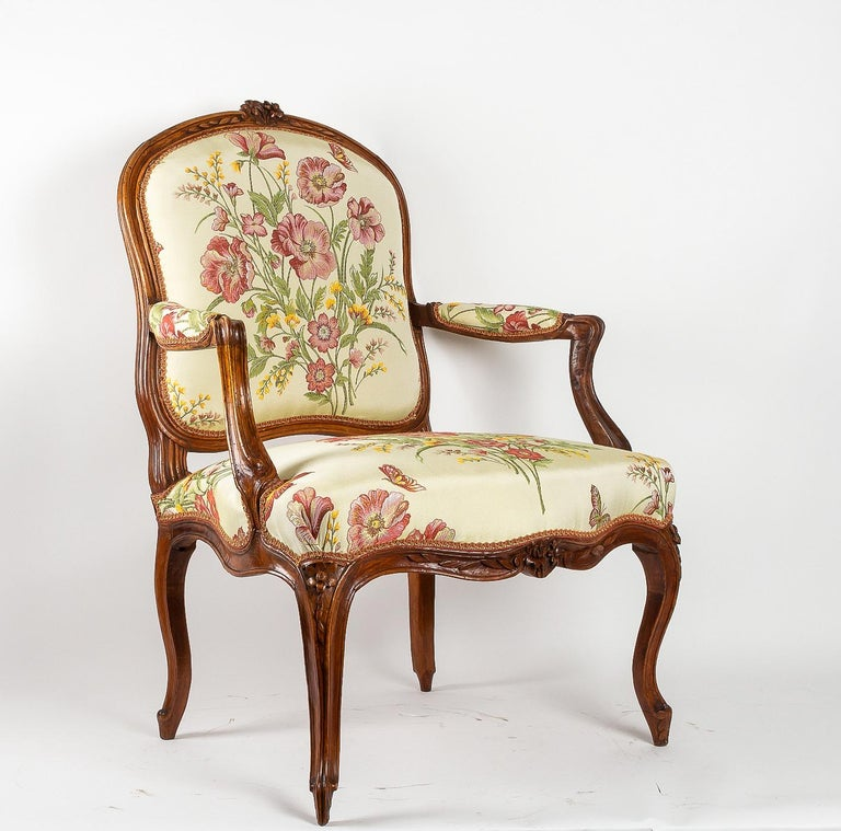 Fabric Stamped by Martin Jardin Pair of Large Louis XV Walnut Armchairs, circa 1760 For Sale