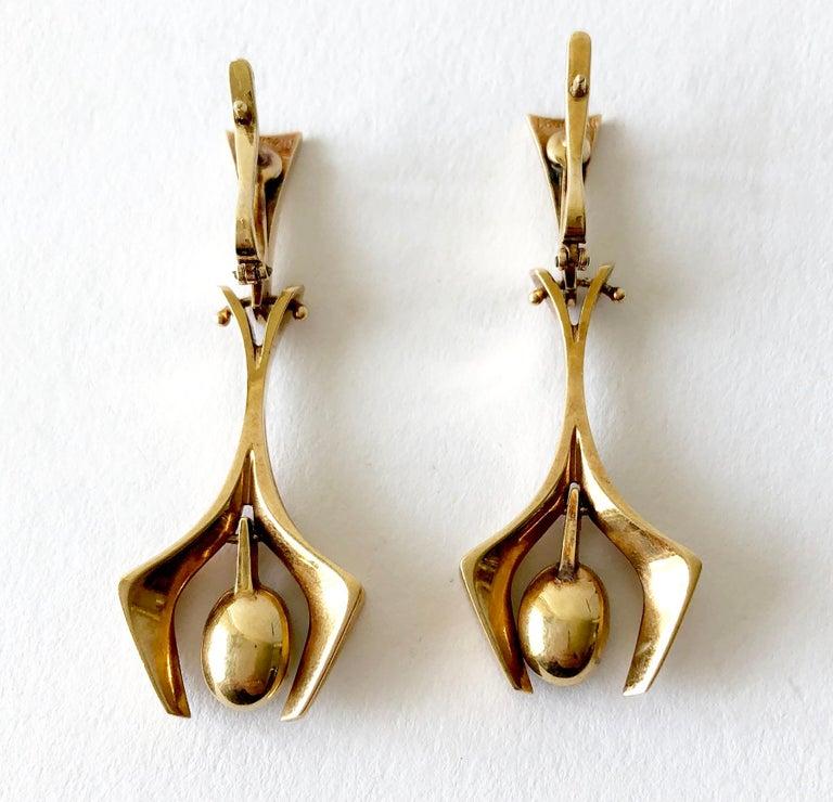 Women's Stanley Lecthzin Gold Jade American Modernist Earrings For Sale