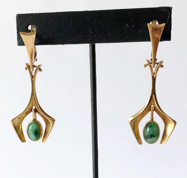 Hand made, one of a kind 14k gold and jade earrings created by Stanley Lecthzin of Detroit, Michigan.  Earrings measure 2