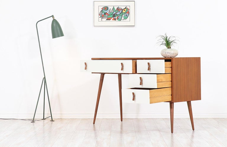 American Stanley Young Lacquered and Walnut Writing Desk for Glenn of California For Sale