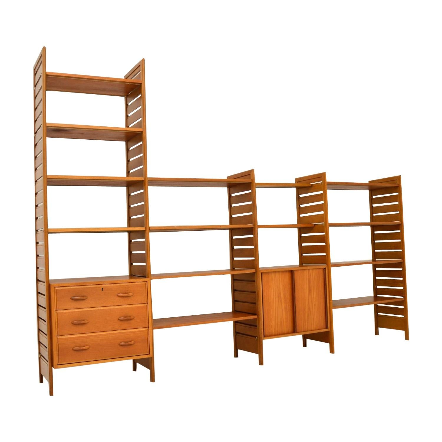 Staples Ladderax Vintage Bookcase / Cabinet / Room Divider in Teak