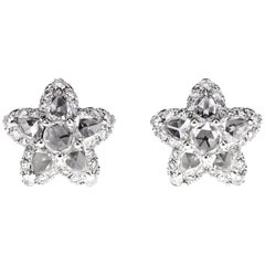 Star Fish Shaped Earring Set with 3.10 Carat White Diamond
