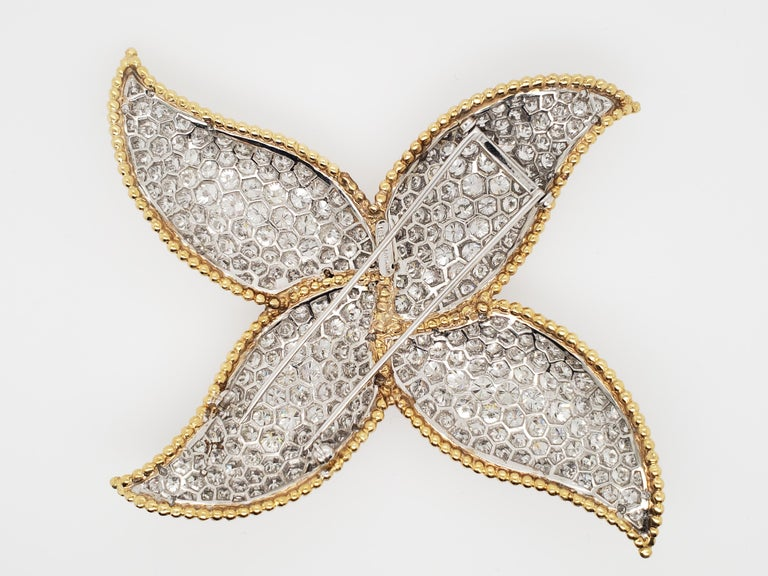 Contemporary Star or Pinwheel Diamond, Platinum and 18 Karat Gold Brooch Pin For Sale