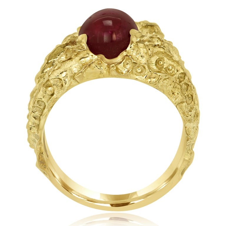Star Ruby 6.05 Carat Matt Gold Finish Men Fashion Ring In Excellent Condition For Sale In NEW YORK, NY