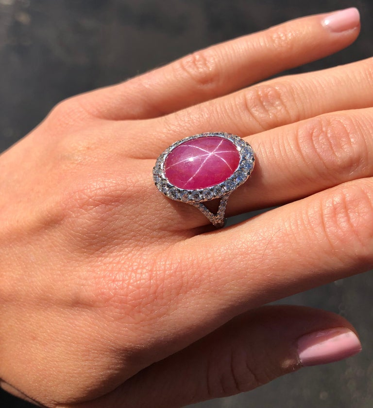 Women's Star Ruby Ring  For Sale