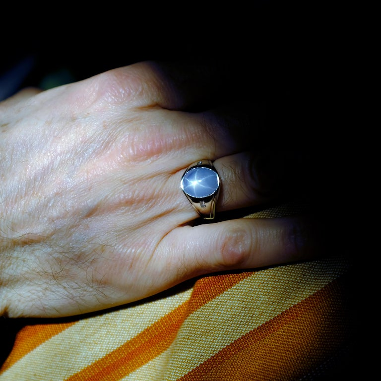 Star Sapphire Ring with Diamonds Midcentury For Sale 11