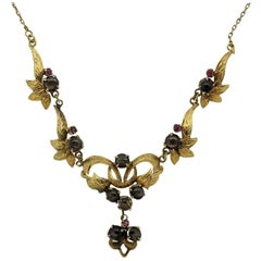 Star-Sapphire Pink-Sapphire Gold Floral Necklace