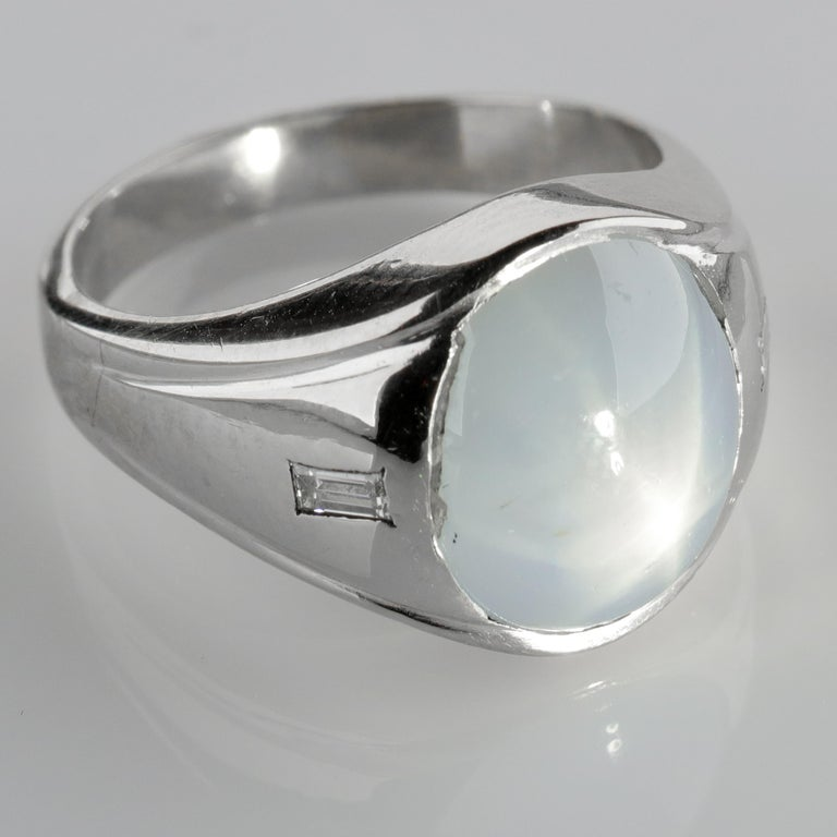 Star Sapphire Ring with Diamonds Midcentury For Sale 5