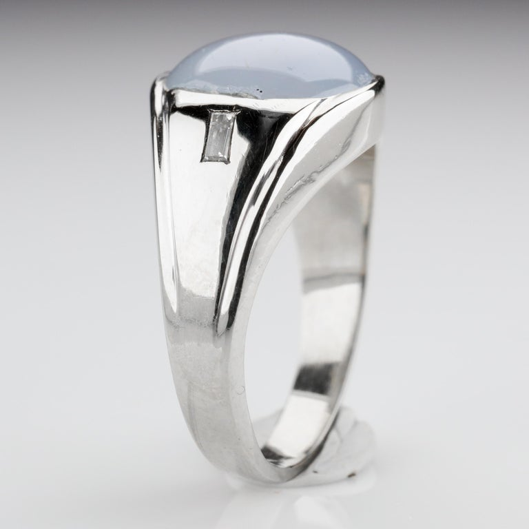 Star Sapphire Ring with Diamonds Midcentury For Sale 3