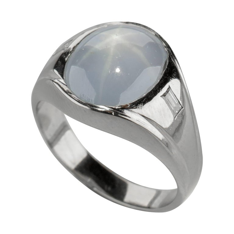Star Sapphire Ring with Diamonds Midcentury For Sale