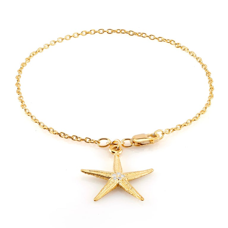 Round Cut Star Shape Diamond Charm Yellow Gold Plated Silver Bracelet For Sale