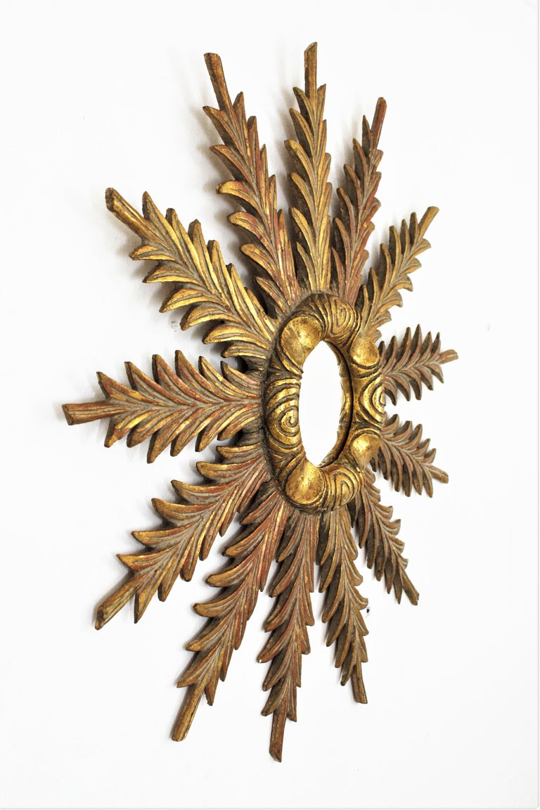 Starburst Sunburst Carved Giltwood Mirror, Spain, 1930s For Sale 7