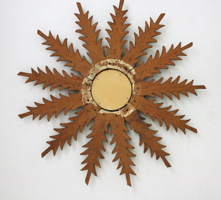 Starburst Sunburst Carved Giltwood Mirror, Spain, 1930s For Sale 8