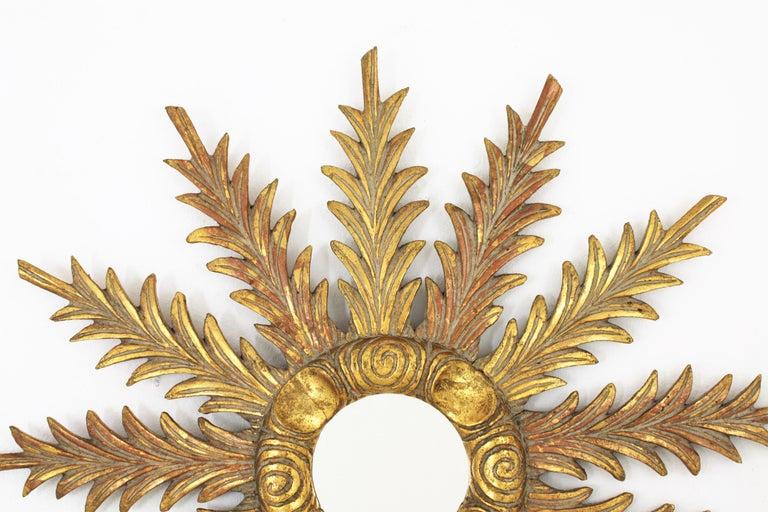 Starburst Sunburst Carved Giltwood Mirror, Spain, 1930s For Sale 1