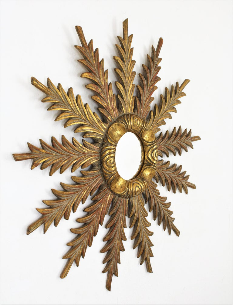 Starburst Sunburst Carved Giltwood Mirror, Spain, 1930s For Sale 2
