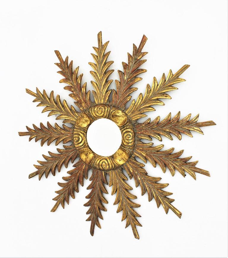 Starburst Sunburst Carved Giltwood Mirror, Spain, 1930s For Sale 3