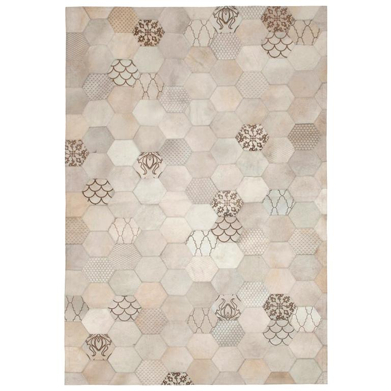 Statement, Beautiful Laser Burn Atomo Grey and Cream Cowhide Area Floor Rug For Sale