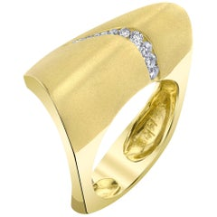 Diamonds & Yellow Gold Couture Contemporary Lifestyle Ring