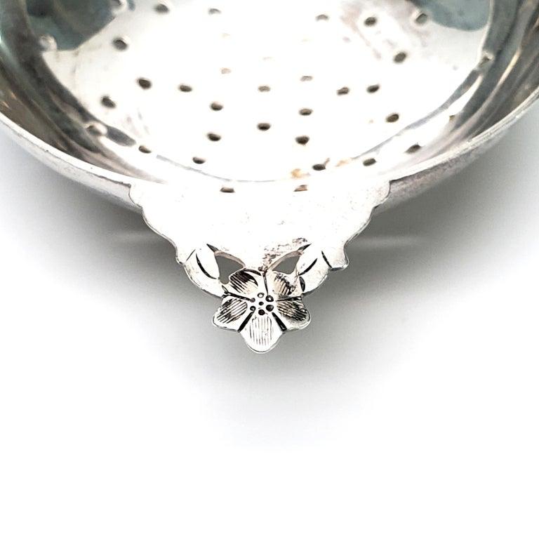 Stavre Gregor Panis Sterling Silver Flower Design Tea Strainer 5