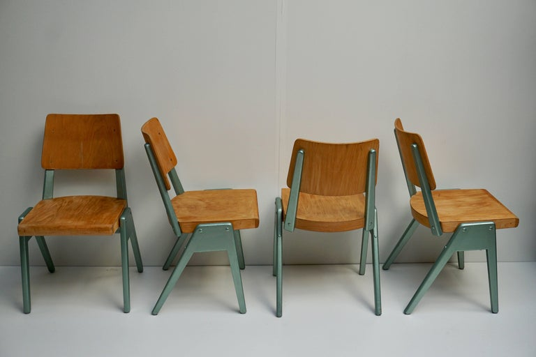 Mid-Century Modern Ste of Four Plywood Dining Chairs For Sale