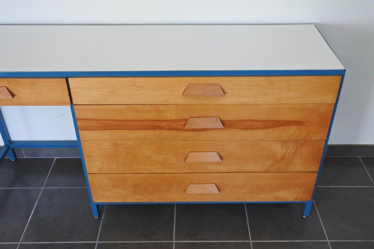 Steel Frame and Maple Vanity and Dresser Attributed to Vista of California, USA For Sale 4