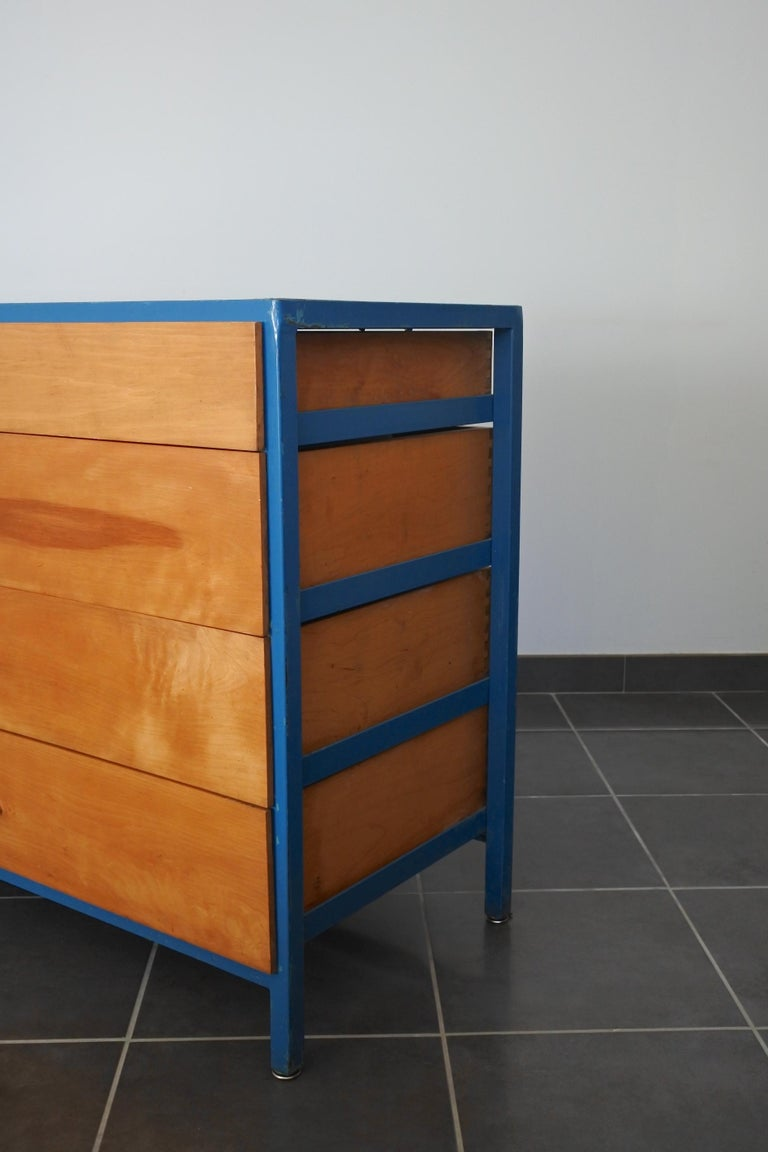 Steel Frame and Maple Vanity and Dresser Attributed to Vista of California, USA For Sale 5