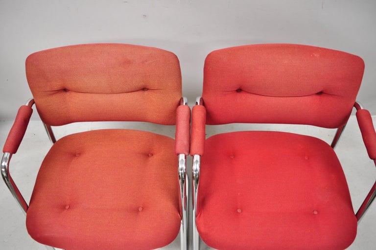 Steelcase Mid-Century Modern Tubular Chrome Red Upholstered Arm Lounge Chairs B In Good Condition For Sale In Philadelphia, PA