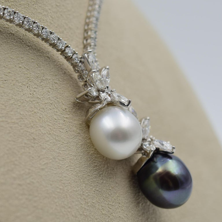 Round Cut Stefan Hafner 9.00 Carat Diamond Necklace with South Sea Tahitian Pearls For Sale