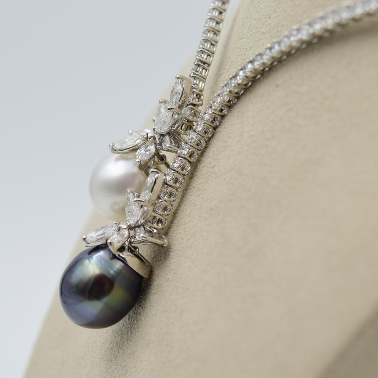 Stefan Hafner 9.00 Carat Diamond Necklace with South Sea Tahitian Pearls In Excellent Condition For Sale In Carmel, IN