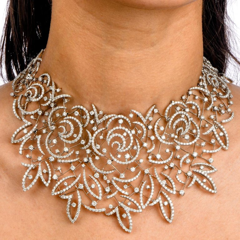 Round Cut Stefan Hafner Diamond Lace 18k White Gold chocker Necklace For Sale
