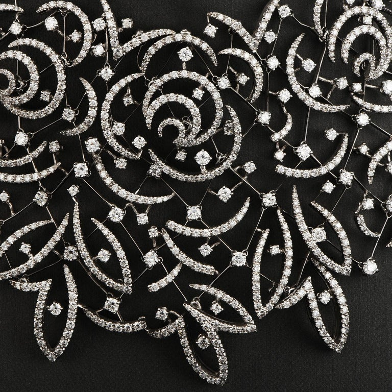Stefan Hafner Diamond Lace 18k White Gold chocker Necklace In Excellent Condition For Sale In Miami, FL