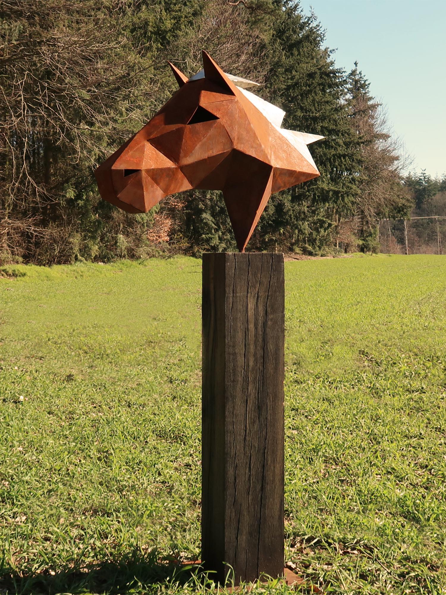 "German Steel Polygon Sculpture - ""Horse"" on an oxidised oak pedestal - handmade"