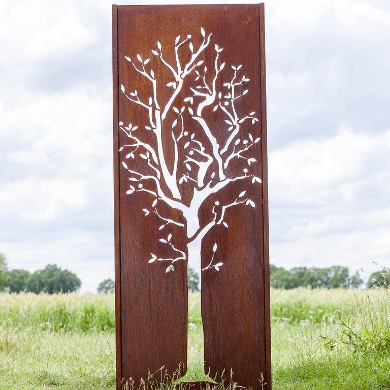 """Steel Garden Wall - """"Tree"""" - 75×195 cm - Modern Outdoor Ornament - Sculpture by Stefan Traloc"""