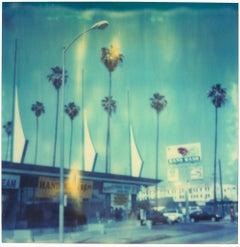 Car Wash (analog) 58x56cm - Edition 1/10, mounted - Polaroid, 20th Century, Blue