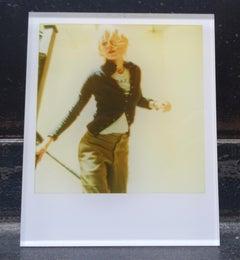 Stefanie Schneider Minis - Lila running down the Stairs (Stay) - Naomi Watts