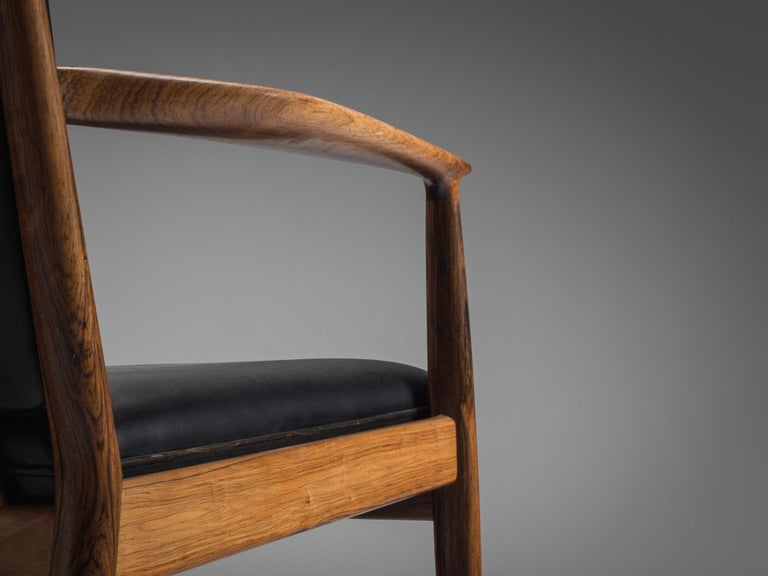 Steffen Syrach Larsen Pair of Easy Chairs in Rosewood and Black Leather For Sale 1