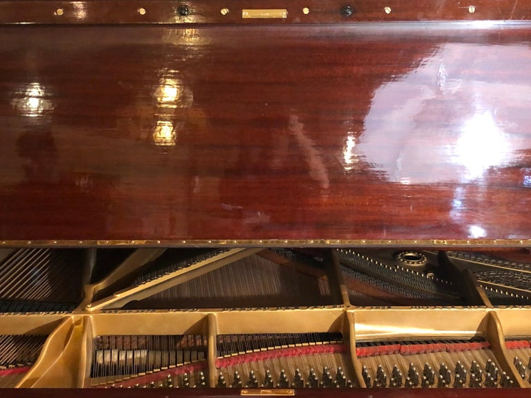 Steinway Model B Classic Grand Piano 1901 in a Refinished Mahogany Case For Sale 4