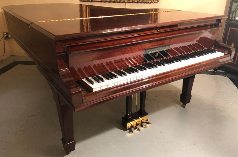 Steinway Model B Classic Grand Piano 1901 in a Refinished Mahogany Case For Sale 8