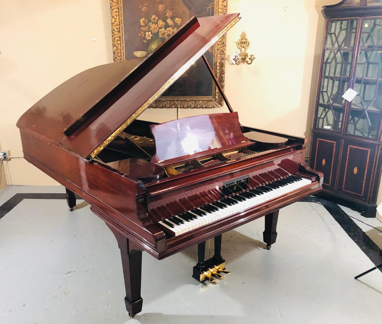 Steinway Model B Classic Grand Piano 1901 in a Refinished Mahogany Case In Good Condition For Sale In Stamford, CT