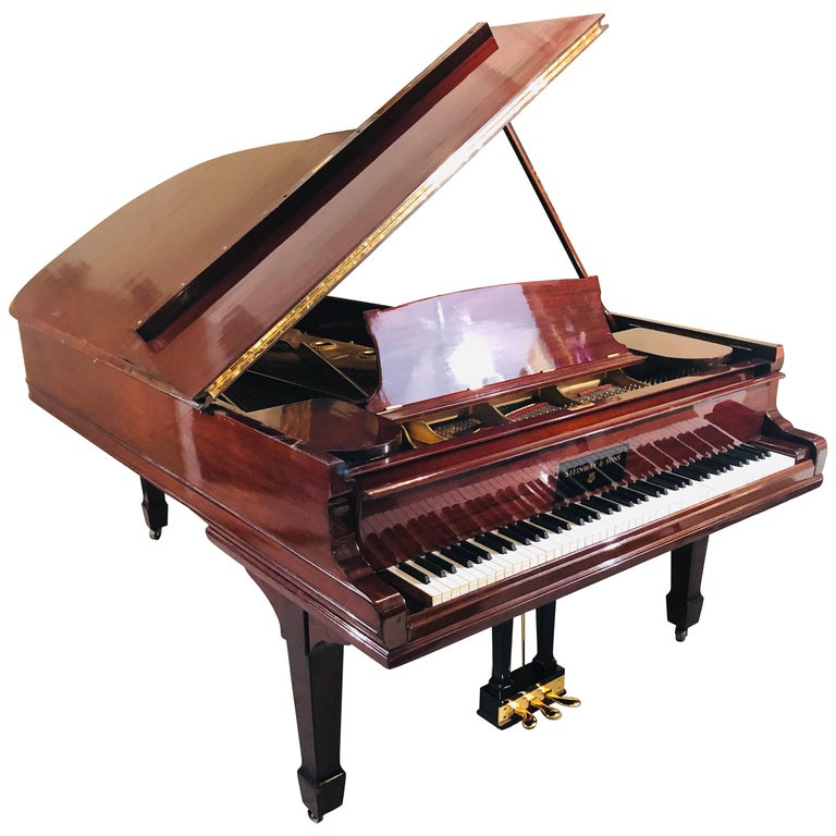 Steinway Model B Classic Grand Piano 1901 in a Refinished Mahogany Case For Sale