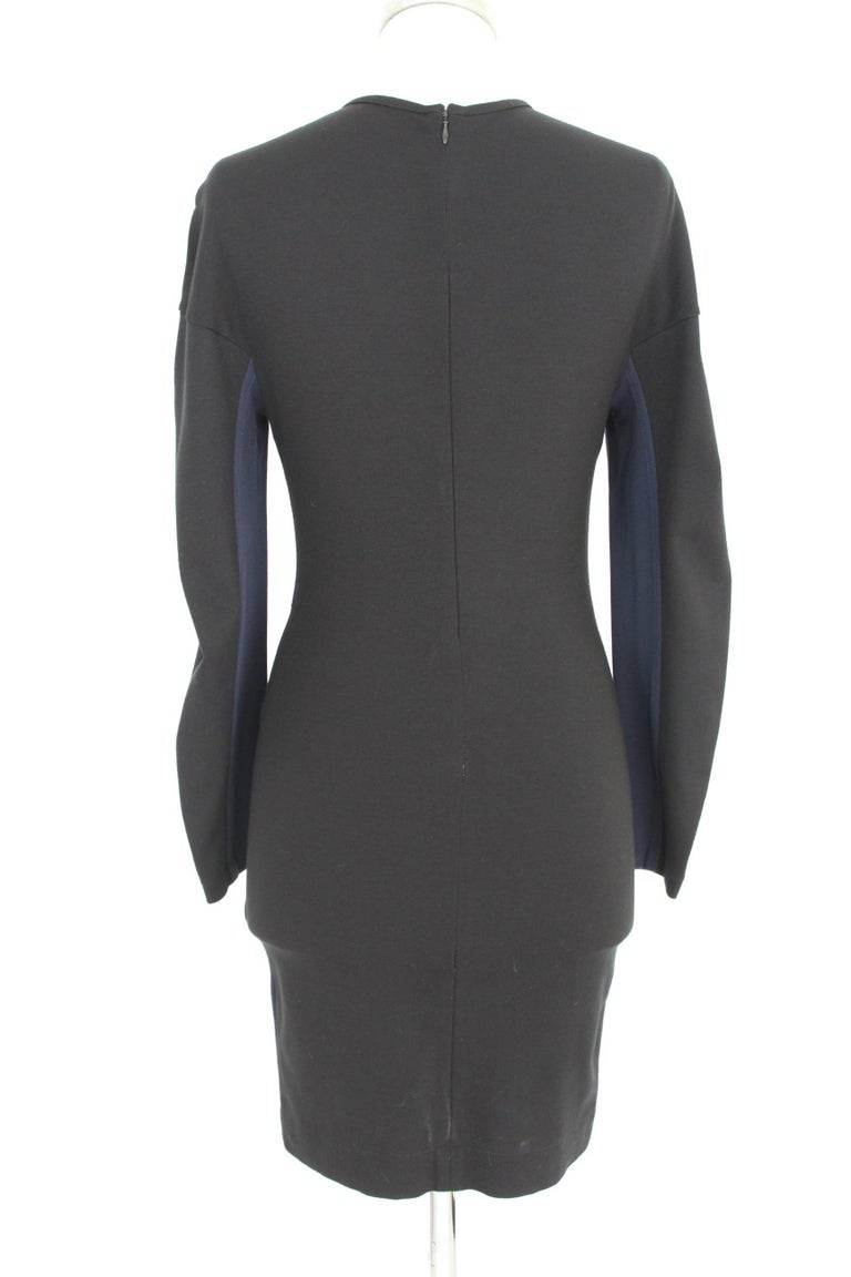 Stella Mc Cartney 2000s woman dress. Sheath dress narrow color black and blue electric, 69% viscose 25% polyamide 6% elastene. Made in Italy. Excellent vintage conditions.   Size: 42 It 8 Us 10 Uk  Shoulder: 42 cm Bust / Chest: 42 cm Sleeve: 61