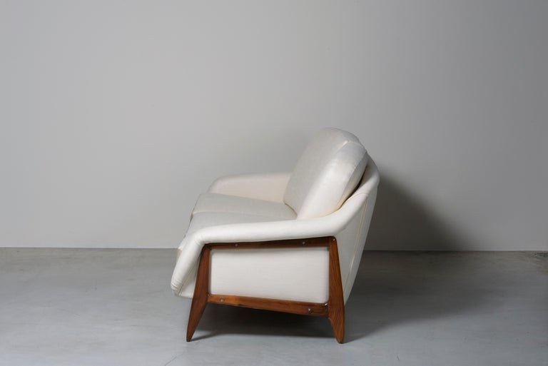 Stella Sofa by Sergio Rodrigues In Good Condition For Sale In Milan, IT