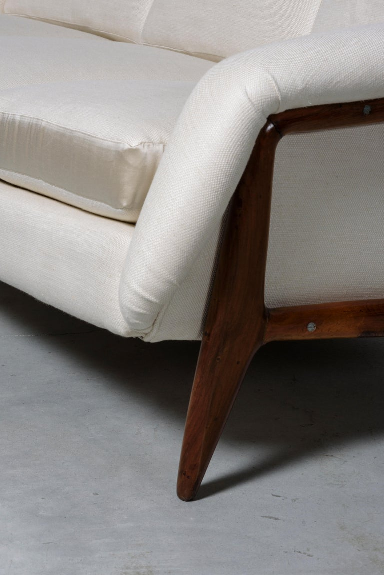 Mid-20th Century Stella Sofa by Sergio Rodrigues For Sale